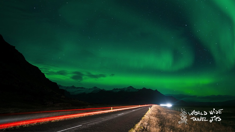 3 reasons why rent a car to chase Northern Lights in Iceland