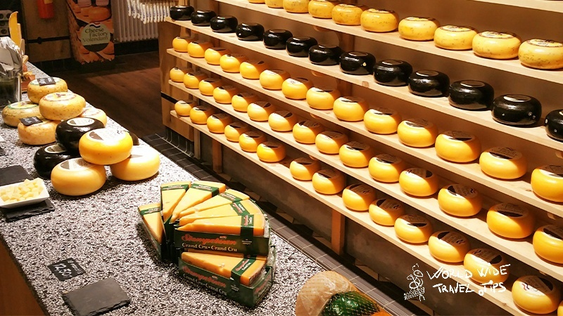 Things to do in Netherlands taste Edam Cheese Netherlands