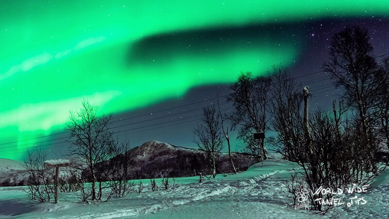 best time to observe northern lights in iceland 1