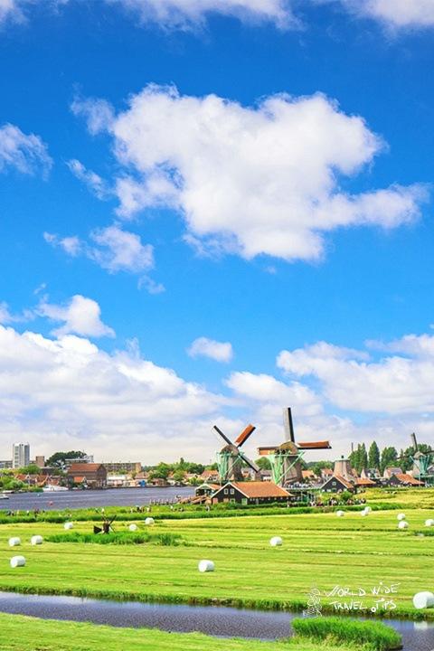 Netherlands Countryside windmills plain