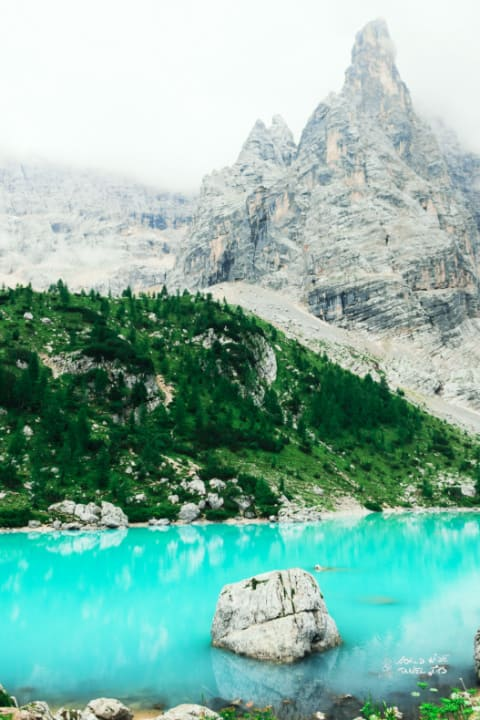 Lago di sorapis Dolomites Italy