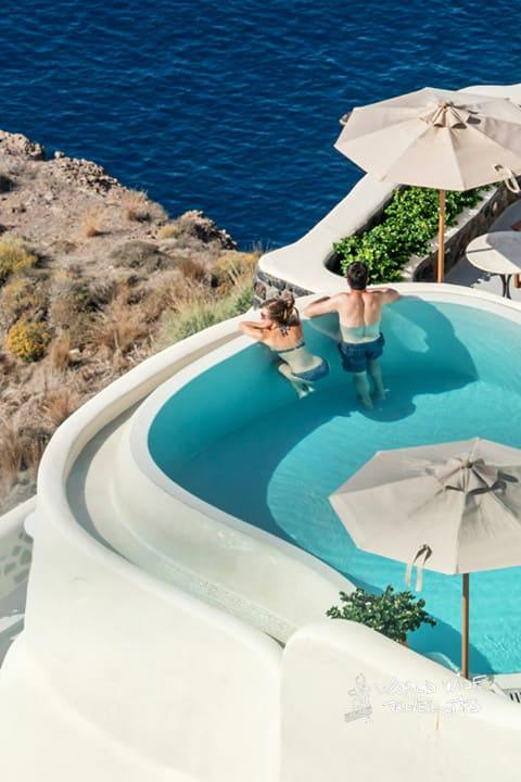 The best greek islands for honeymoon Santorini Greece