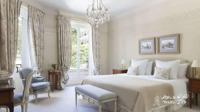 Hotel le Bristol Paris Room