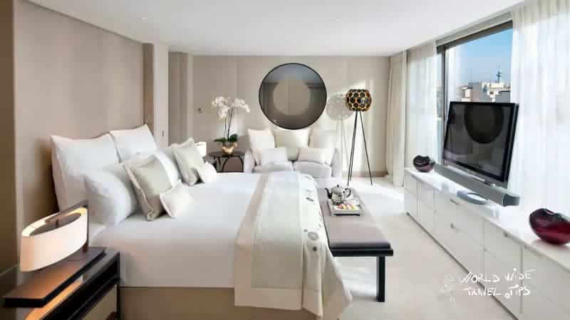 Mandarin Oriental Paris room