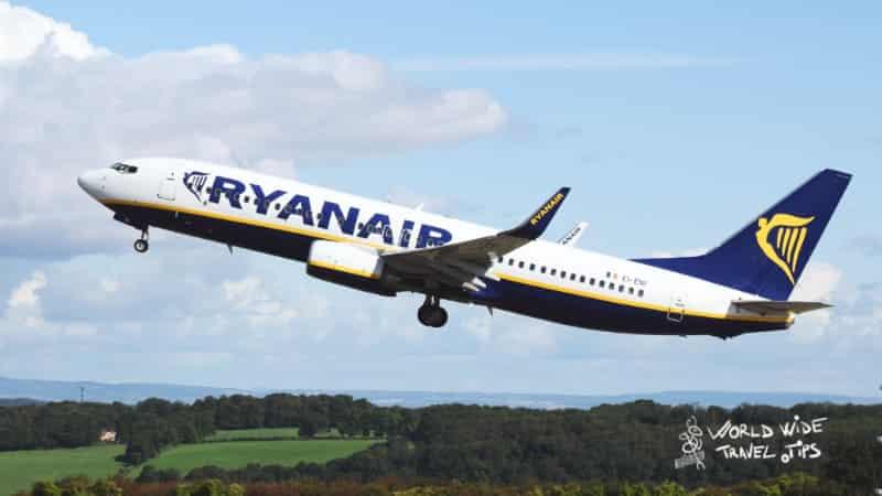Ryanair Low cost Europe Flight