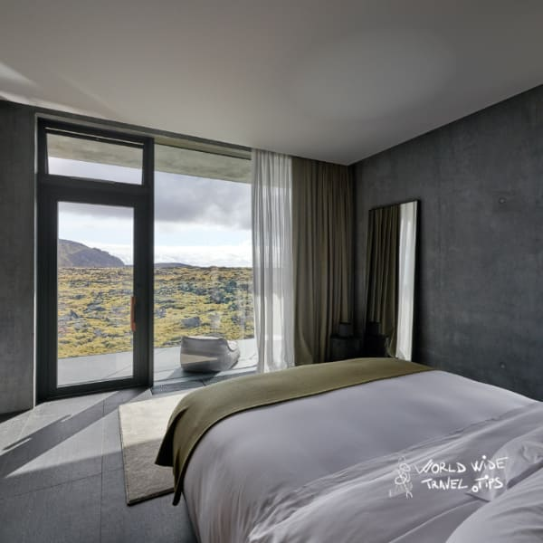 The Retreat at Blue Lagoon Moss suite lava field