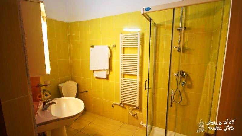 Casa Coral Sulina Beach Accommodation Bathroom