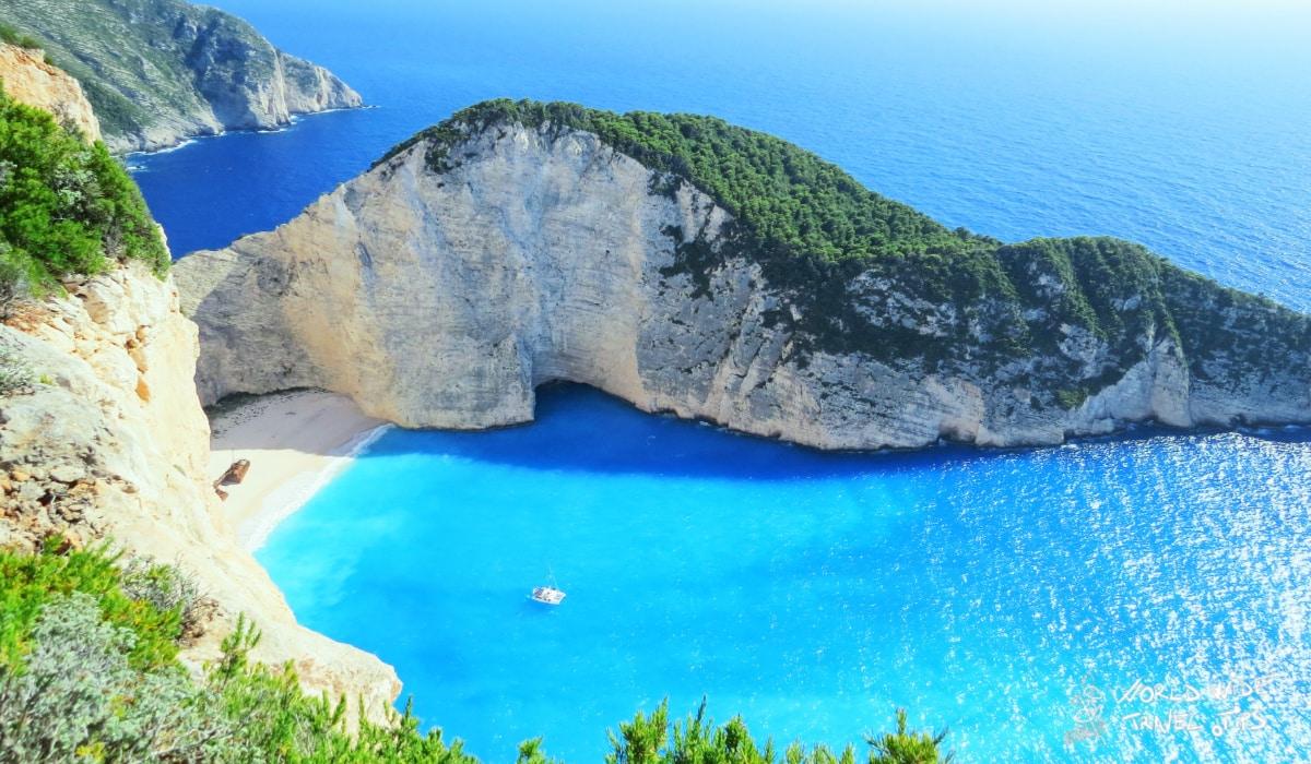 greek islands weather in October