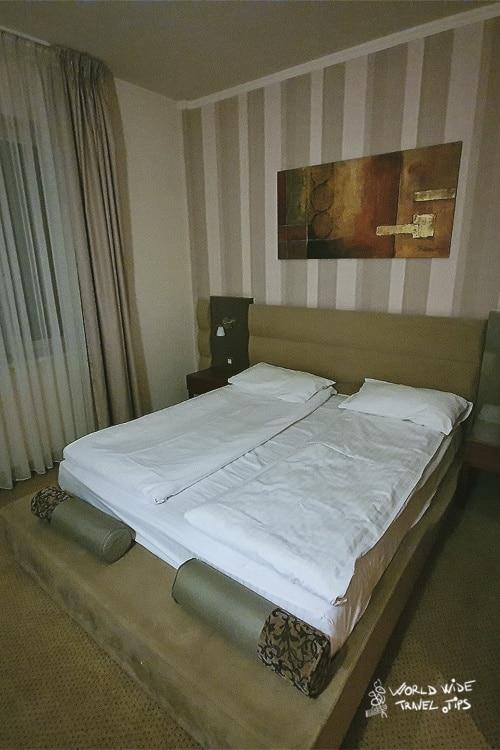 Iaki Mamaia Hotel Room interior