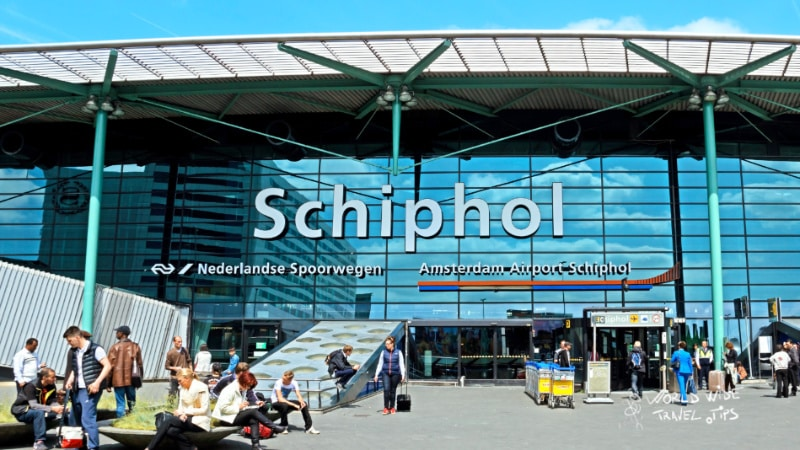 Where is Amsterdam airport Schiphol