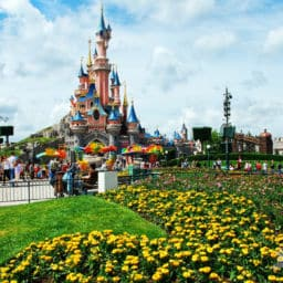 weather for Disneyland Paris May June