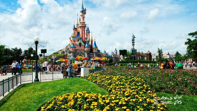weather for Disneyland Paris May June
