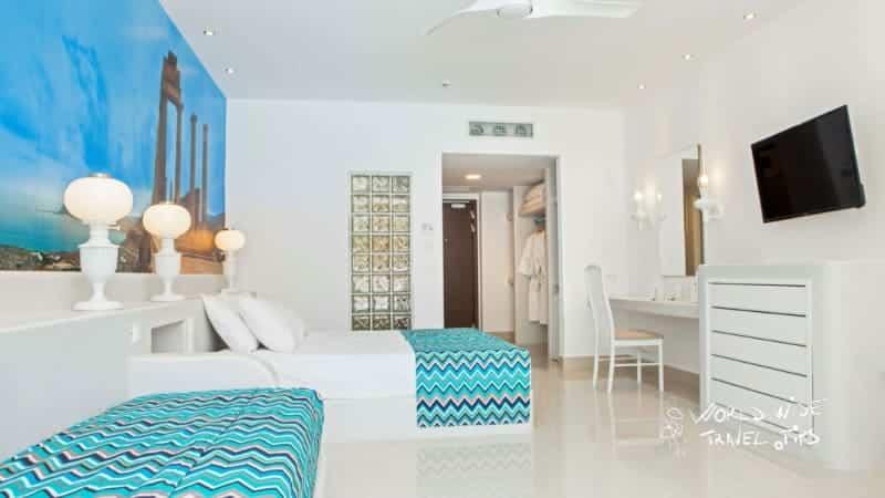 Esperos Village Blue and Spa Room interior