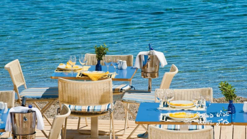 Grand Resort Lagonissi restaurant Beach