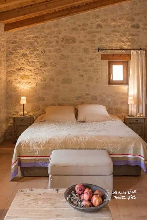 Kapsaliana Village Hotel Room Bed