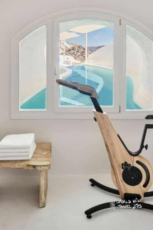 Mystique Hotel Santorini Mystery Villa Fitness