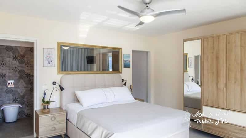 Sappho Boutique Suites deluxe Suite Room