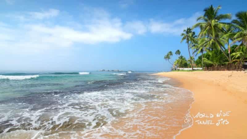 Waves on Best Sri Lanka Beaches