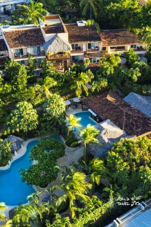 Hotel Jardin del eden boutique hotel pool tamarindo Costa Rica