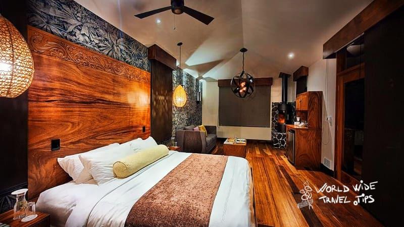 El Silencio Lodge and Spa bed