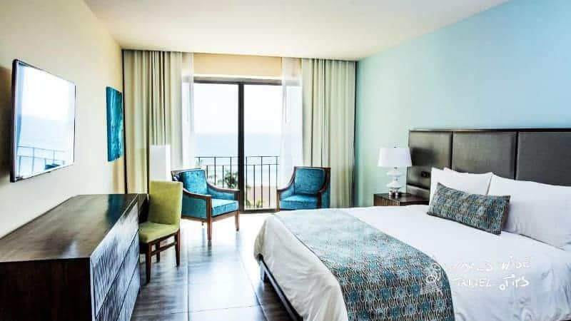 Croc s Resort and Casino room