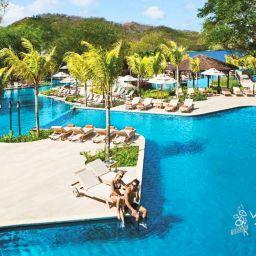 Dreams Las Mareas All Inclusive Pool Beach resorts in Costa Rica all inclusive