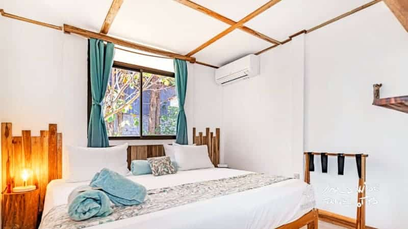 Drift Away Eco Lodge room