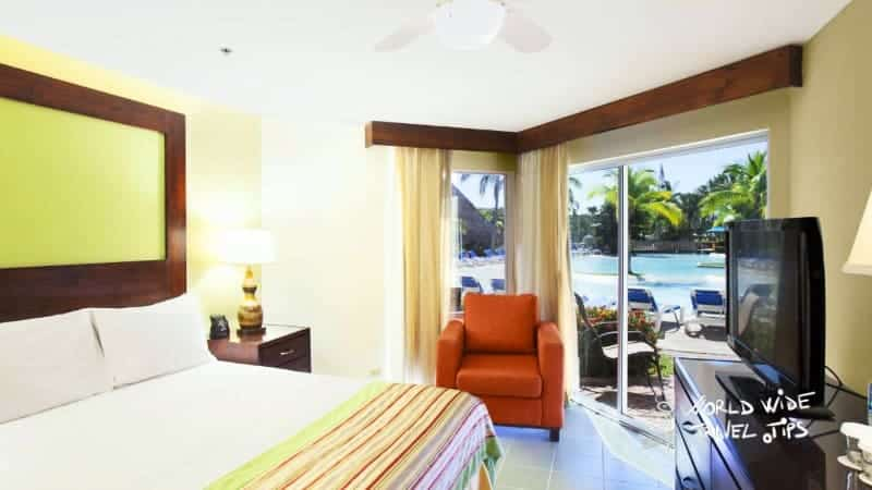Fiesta Resort All inclusive Central Pacific room