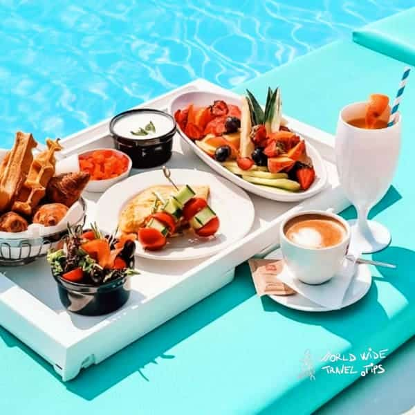 Golden Sands International Hotel Casino and Tower Suites Pool Breakfast