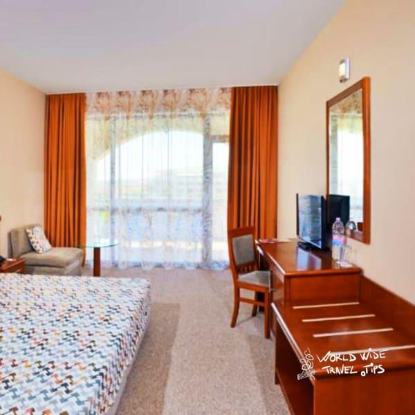Sol Nessebar Bay Resort and Aquapark Room